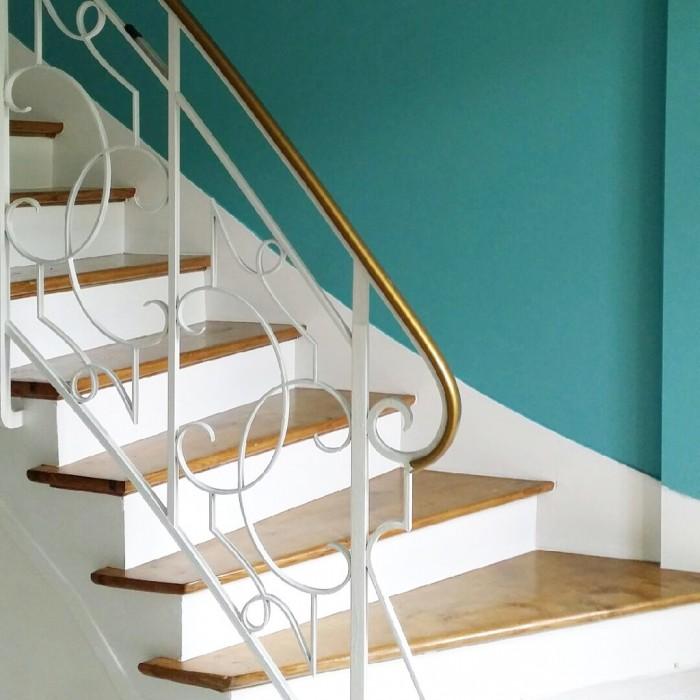 Monte l dessus tu verras ma cage d escalier - Quelle couleur pour une cage d escalier sombre ...